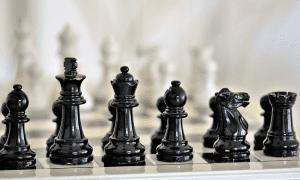 tehokas rintama shakki shakkinappulat peli sijoittaminen
