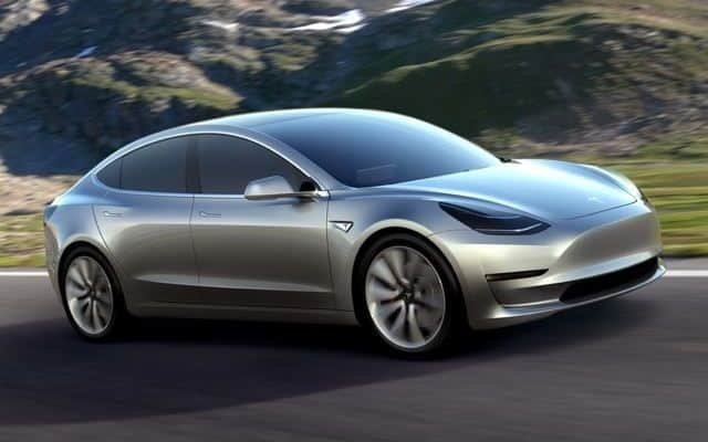 Tesla-Model-3-sähköauto-042016