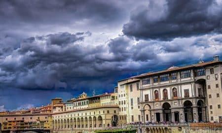 Italia kriisi pankkikriisi kansantalous