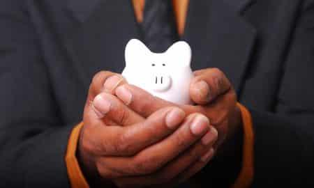 säästäminen raha talous