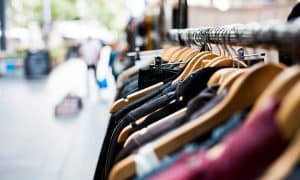 vaatteet kauppa shoppailu ostokset