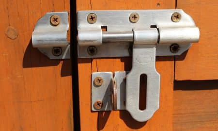 sijoitussalkun suojaus lukko suojaus sijoittaminen sijoitussalkku