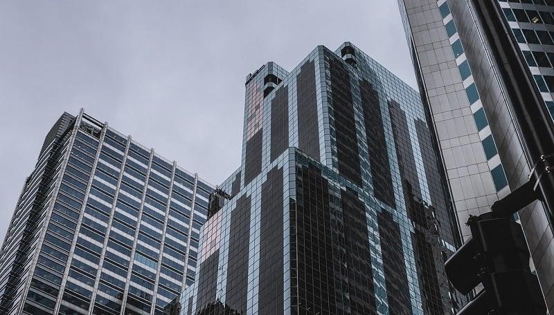 yritys globaali pilvenpiirtäjä kansainvälinen talous