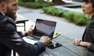 haastattelu kokous keskustelu työhaastattelu tapaaminen talous