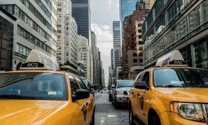 Taksilaki muuttuu, mutta liian hitaasti
