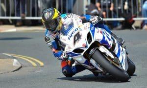 moottoripyörä vauhti vauhtisokeus talouskasvu