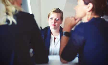 persoonallisuus sijoittaja kokous luonne