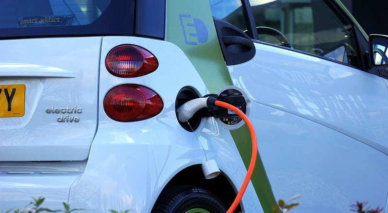 sähköauto autoilu autot talous