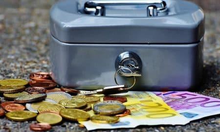 palkka euro raha talous