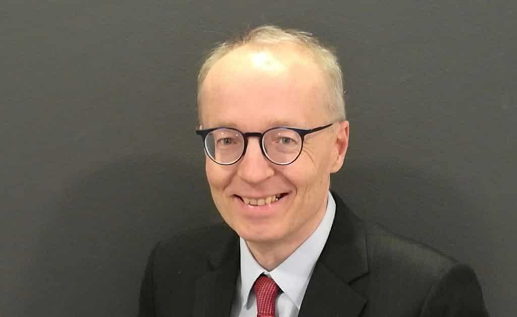 Akatemianprofessori Matti Keloharju on älykäs sijoittaja