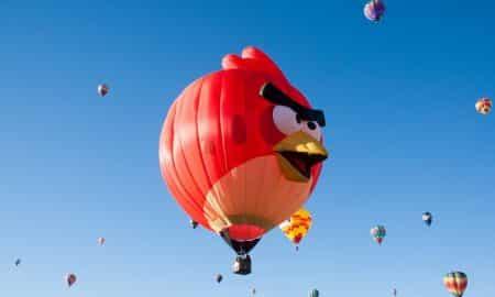 Angry Birds peli