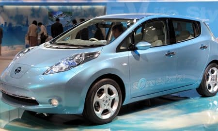 Nissan Leaf sähköauto autot talous