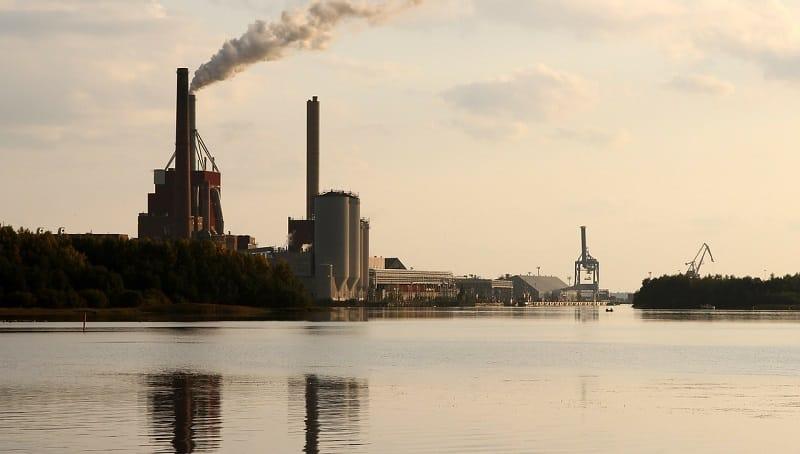 Teollisuus Suomi tehdas talouskasvu talous