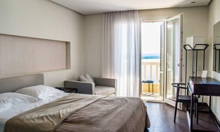 hotelli hotellihuone talous matkailu matkustelu