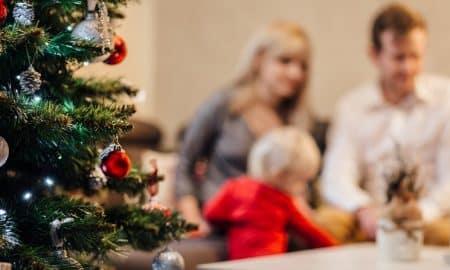 joulu joululahja perhe kuusi