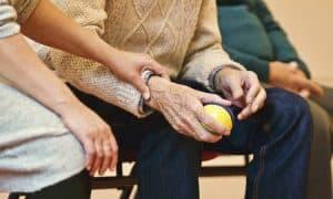 vanhus hoivapalvelut eläkeläinen hoiva talous