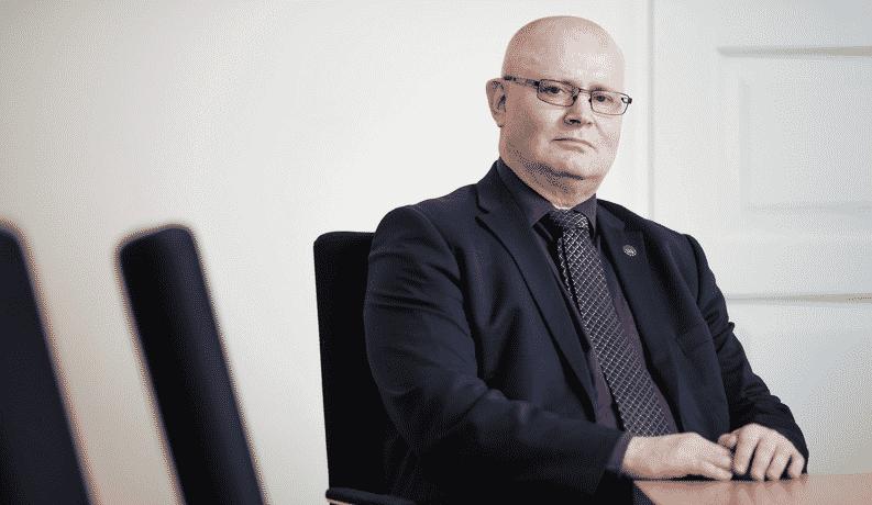 Jari Lindström työministeri