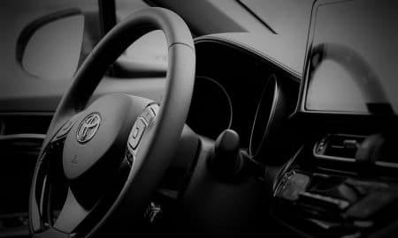 automerkki Toyota ratti kojelauta autot automarkkinat talous