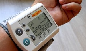 terveydenhoito terveys verenpaine talous