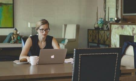 yrittäjä yrittäjyys tietokone konttori työ talous