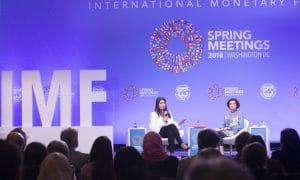 Kansainvälinen valuuttarahasto IMF varoittaa globaalin rahoitusjärjestelmän riskeistä.