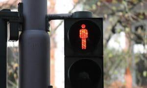 liikennevalot punainen varoitusmerkki tappio menetys talous sijoittaminen
