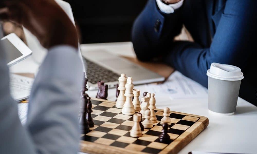 sijoittaja sijoittaminen sijoitusstrategia sijoittamisen riskit