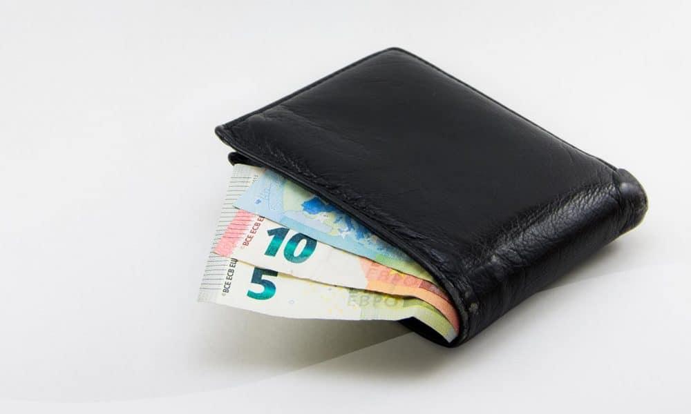 Tupakan hintaan jälleen hurja korotus - aski maksaa jatkossa jo yli 7 euroa