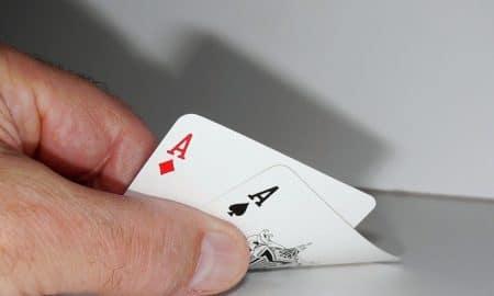 osakkeet ostosuositus pelikortit tuotto