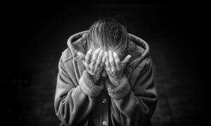 eläkeläinen toimeentulo vaikeudet kriisi ongelmat pettymys