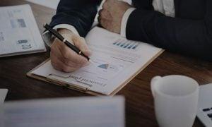 sijoittaminen analyysi rahastot osakkeet analyytikko salkunhoitaja