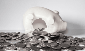 Säästöt talletukset talletustilit talletuskorko raha talous