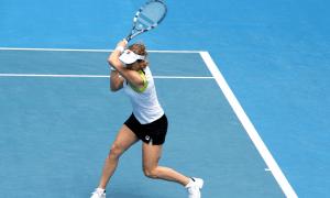 Tennis tennispelaaja Amer Sports urheilu urheilija talous
