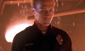 Terminator 2 elokuva robotti talous