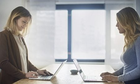 yrittäjä yksinyrittäjä YEL eläkevakuutus tietokone
