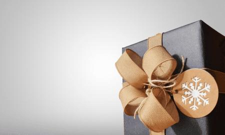 lahja liikelahja joululahja palkinto talous verotus