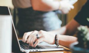 tietokone kirjoittaja laptop talous