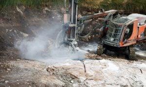 Keliber porausta kaivosyhtiö litiumkemikaalit kaivostoiminta talous