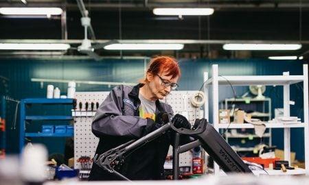 Helkama Velox sähköpyörät valmistus talous