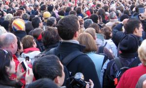 populismi väestö kokous joukkokokous talous