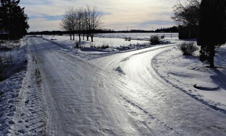 risteys tie talvi talvimaisema talous