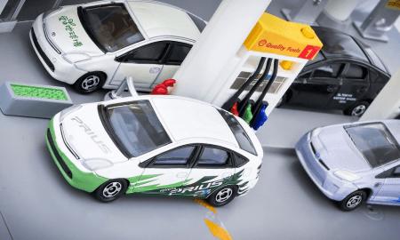 Toyota Prius autoilu hybridi