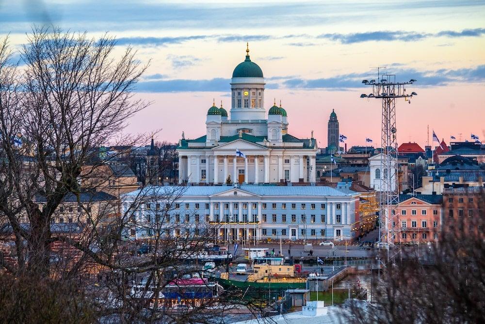 Suomen matkailulla menee lujaa – kolmanneksi suurin palveluviennin ala