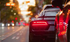 auto autoilu liikenne talous