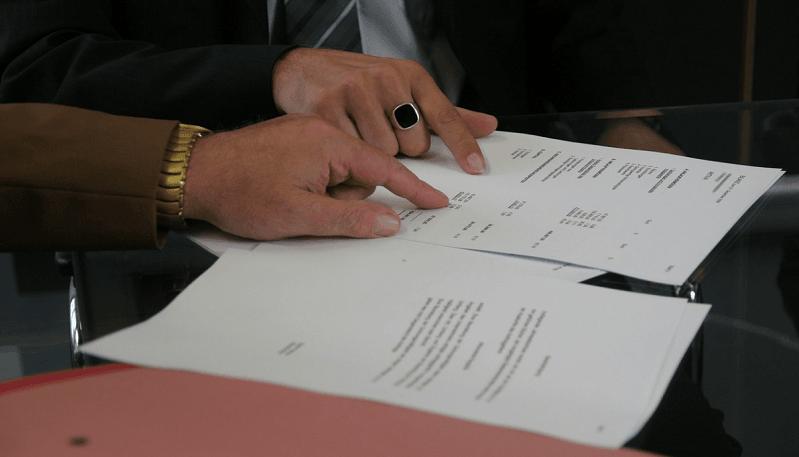 analyysi kokous raportti tiimi yritys talous