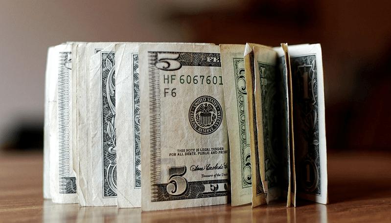 dollari euro valuutat valuuttakurssit talous