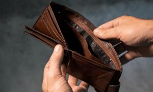 lompakko säästöt köyhyys inflaatio rahat talous