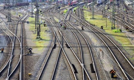 rautatie rautatiet talous junat