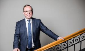 Mika Lintilä elinkeinoministeri talous