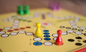 peli sijoitusstrategia allokaatio sijoittaminen talous